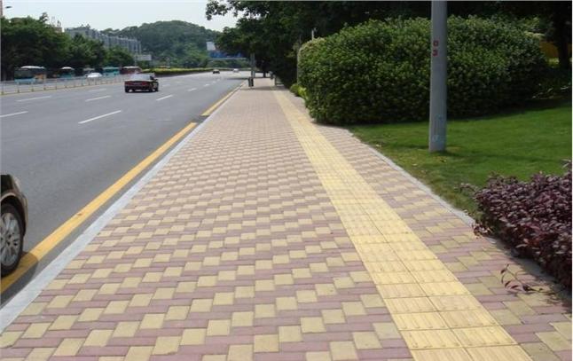 劲强彩砖塑料具让克拉玛依西环路五彩缤纷