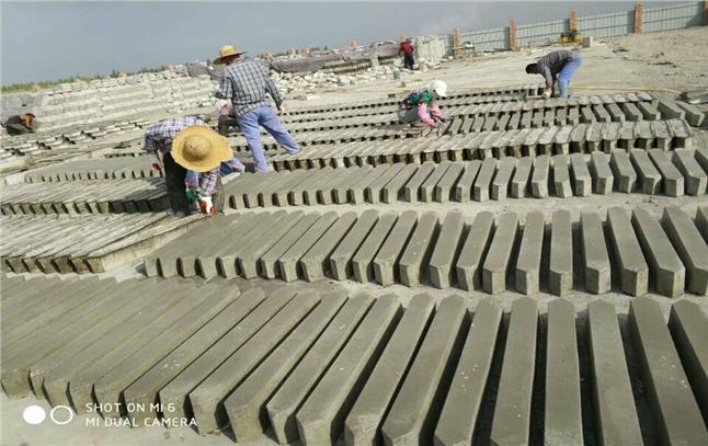 高口碑塑料模具厂家-新疆福吉亚