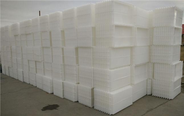 贾总一次订购水泥制品模具7000只丨劲强塑料模具