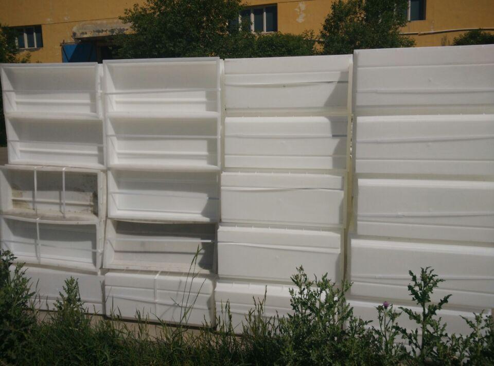 乌鲁木齐哪有卖路沿石塑料模具的厂子?
