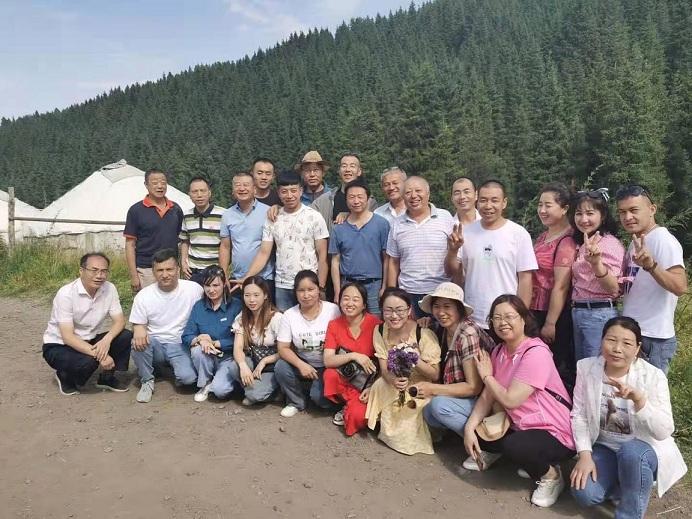 团建在企业发展中的作用丨新疆塑料模具厂
